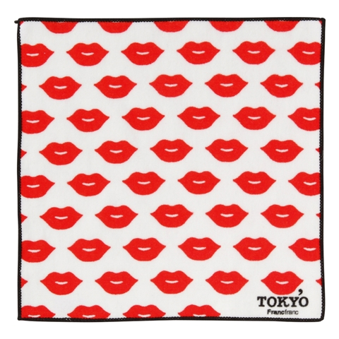 KISS TOKYO 손수건 수건 립 화이트